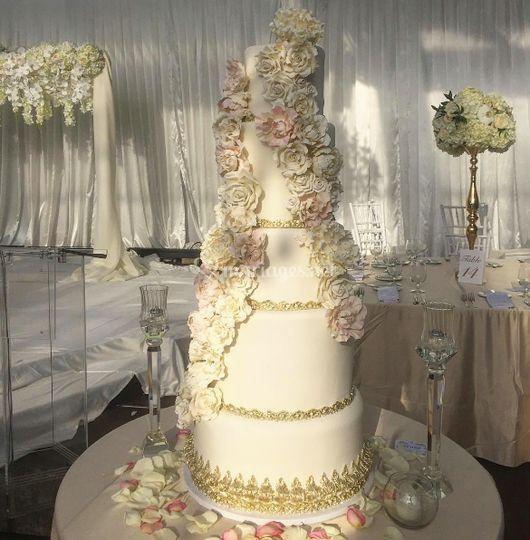 Wedding cake isabella