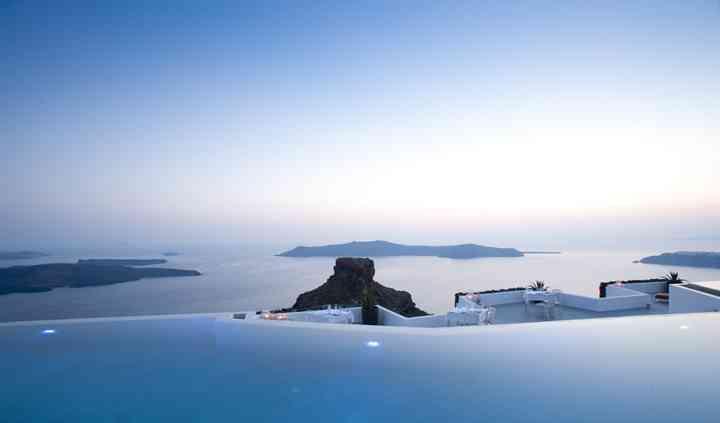 Vue magnifique à Santorin