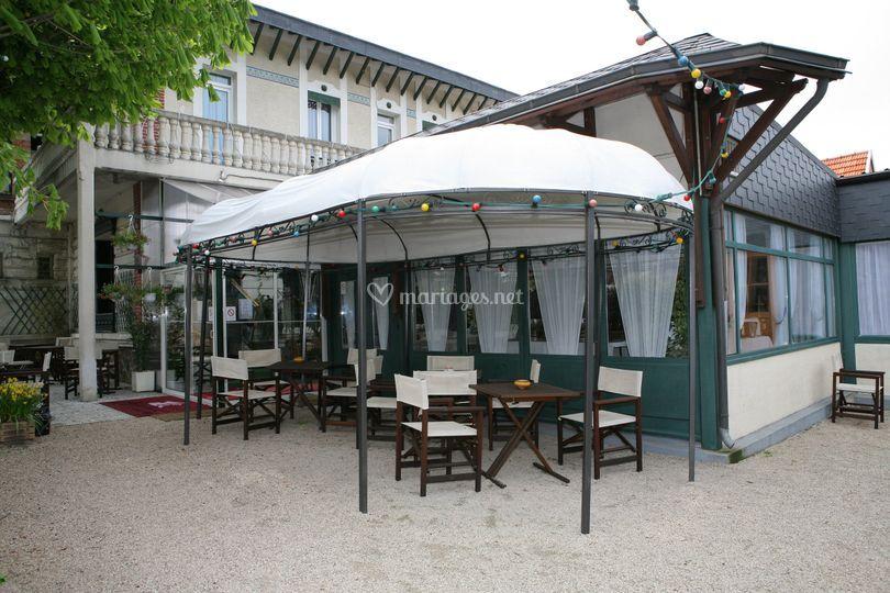 Terrasse Salons de la Tourelle