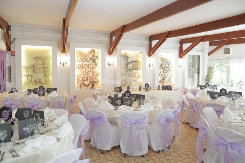 Salle Tourelle mariage violet