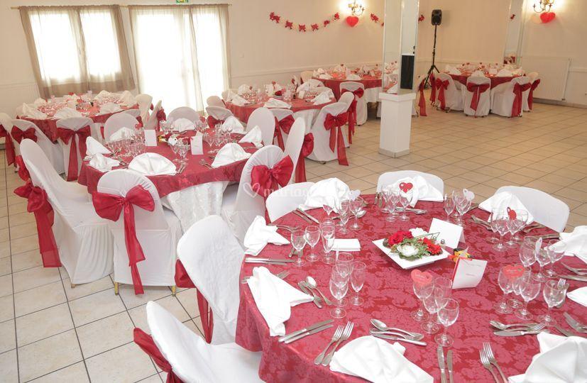 Salle Michelet anniversaire rouge