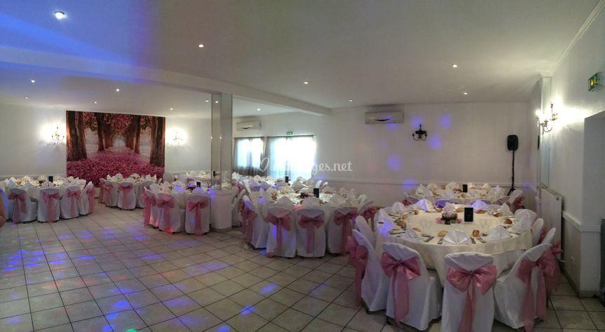 Salle Michelet décoration rose