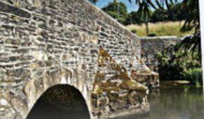 Fameux pont sur la route