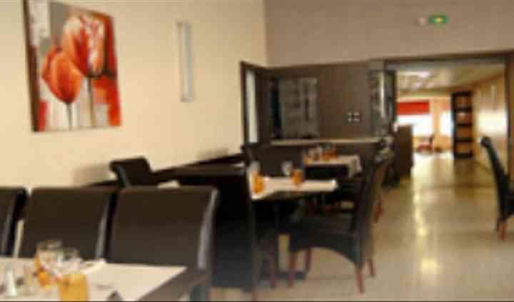 Tables dans le restaurant