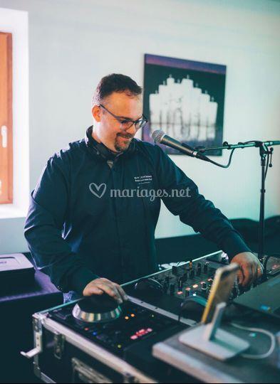 Votre DJ-animateur
