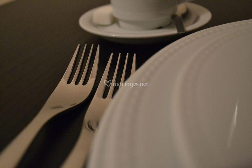 Assiettes perlées pour mariage