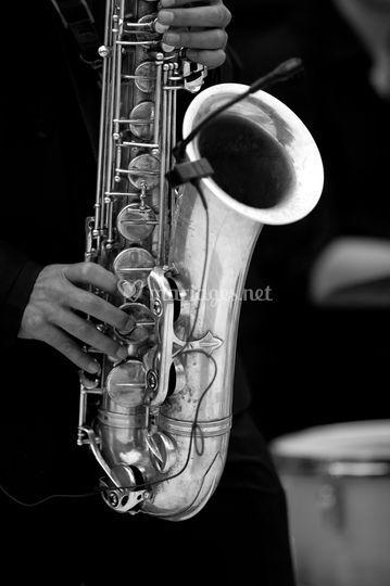 Saxophone Jazz it up