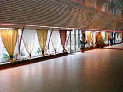 Salle rideaux trois couleurs