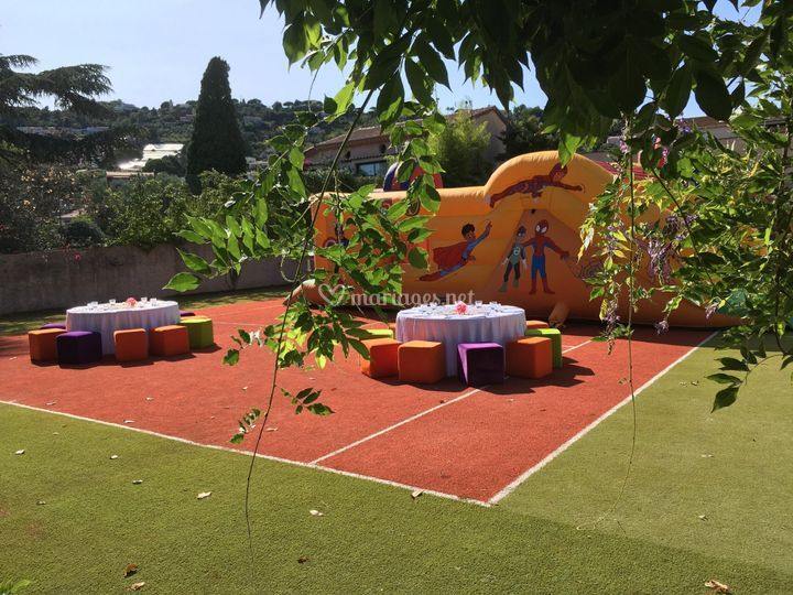 Terrain aménagé pour enfants
