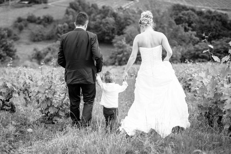 Mariés et leur fils Juin 2016