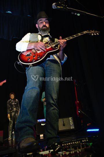 Xavier : guitare, choeurs