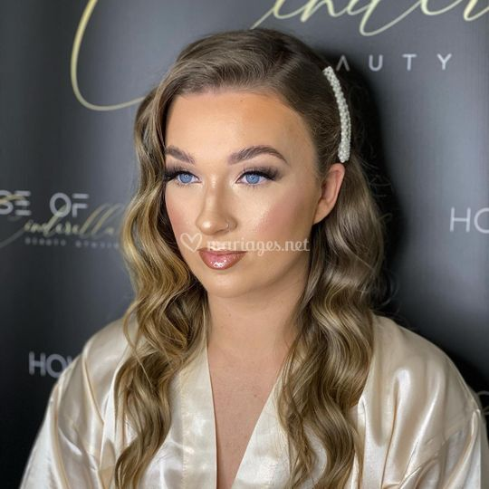Maquillage lumineux & Coiffure