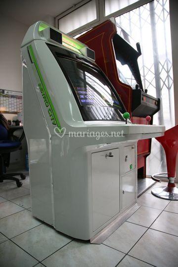 Bornes d'arcade 650 jeux !