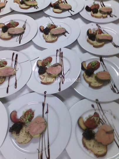 Foie gras mi-cuit et compotées