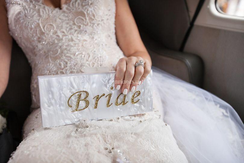Détails accessoires mariée
