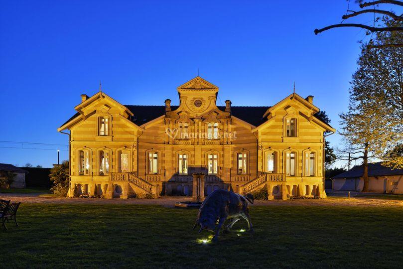 le chteau de nuit sur chteau maucaillou - Chateau Maucaillou Mariage
