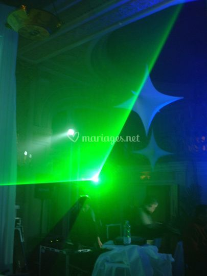Laser bi-couleur/ Hôtel Cannes