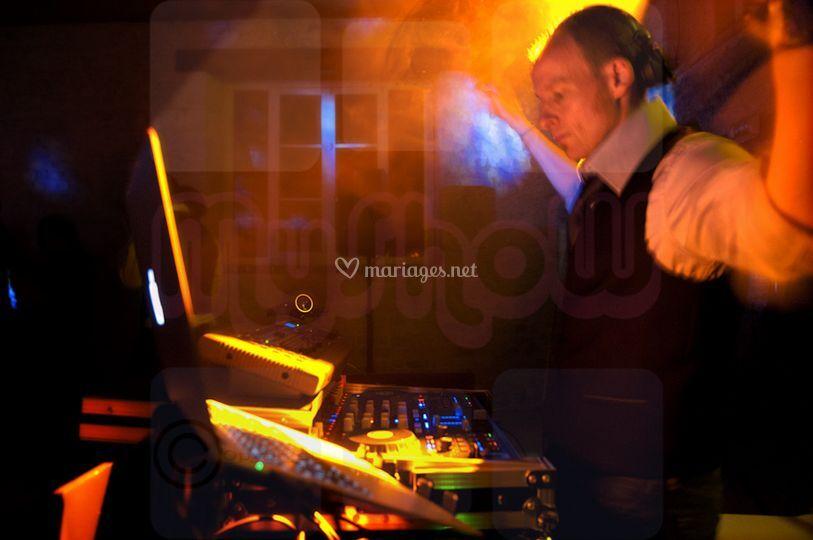 DJ MyShow
