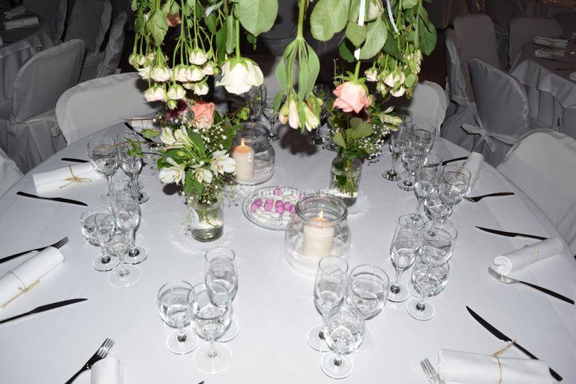 Décoration fleurs suspendues