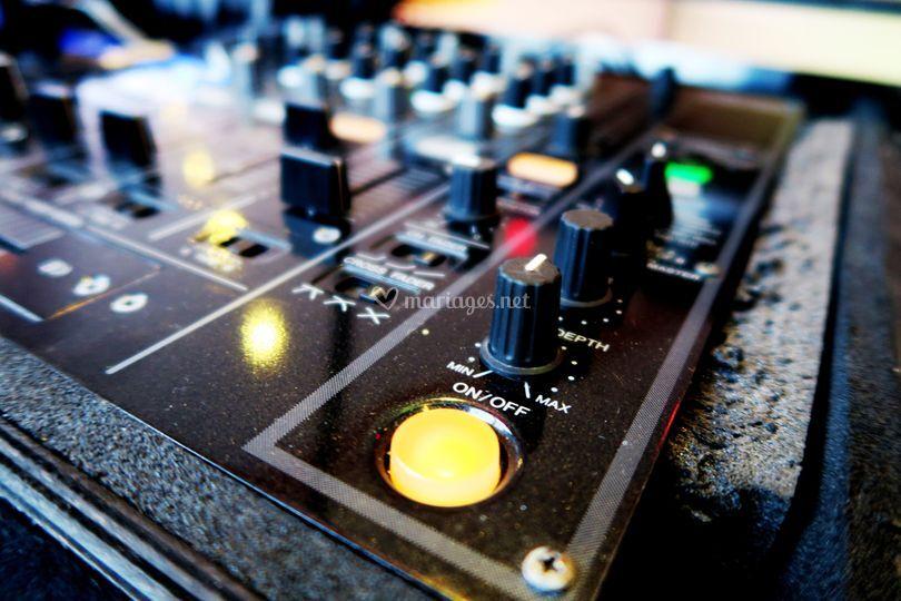 Table de mix professionnelle