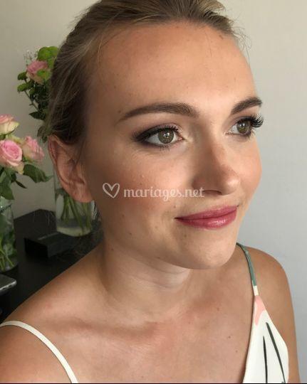 Maquillage beauté soutenu