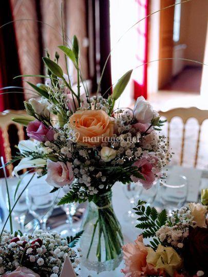 Bouquet centre table