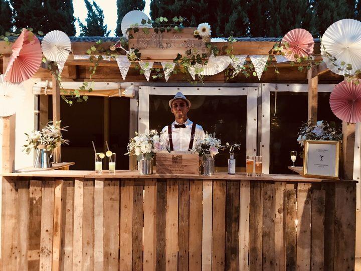 Bar à cocktail - mixologiste