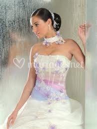 Catalogue  Annie Couture - blanc et léger dégradé de couleurs