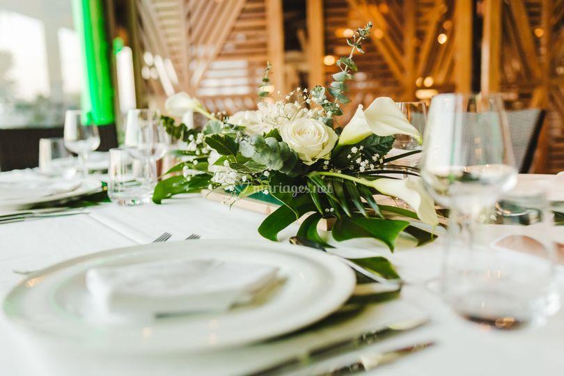 Table thème tropical chic