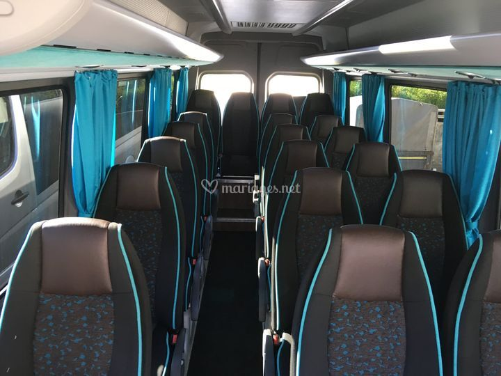 Minibus 21 fauteuils