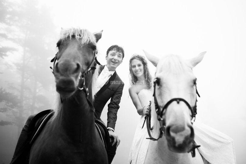 Mariés à cheval