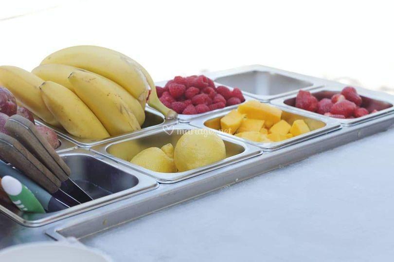 Fruity ice rolls