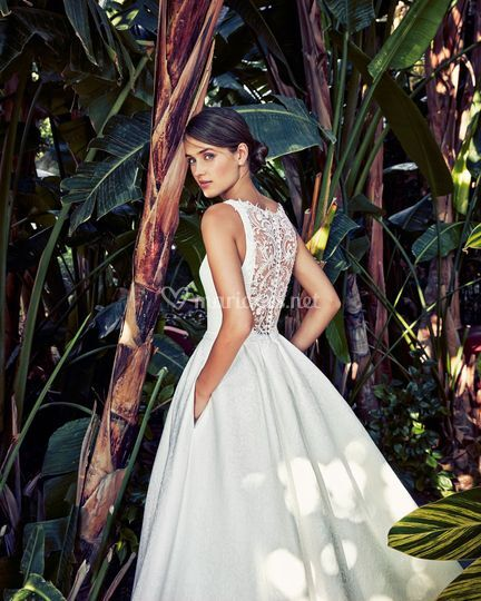 Robe de mariée dos en dentelle