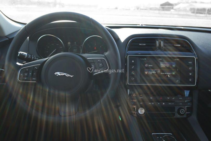 Prenez place chez Jaguar