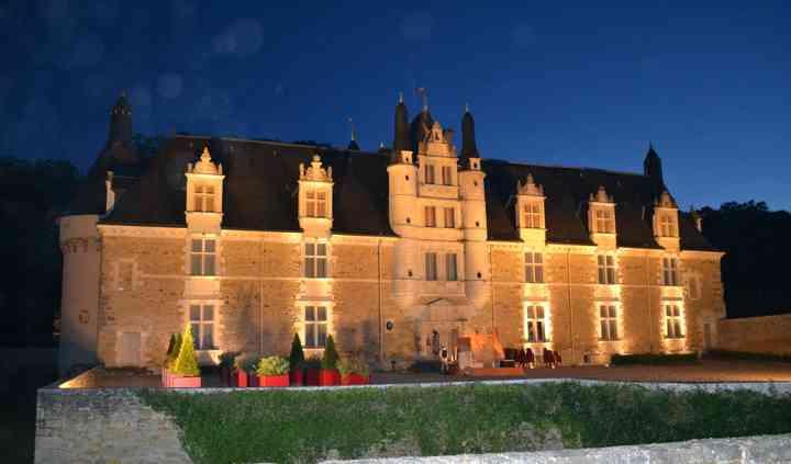 Chateau en soirée