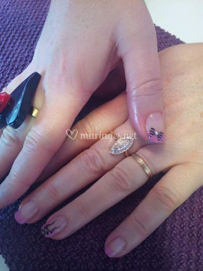 French rose + corset nails art