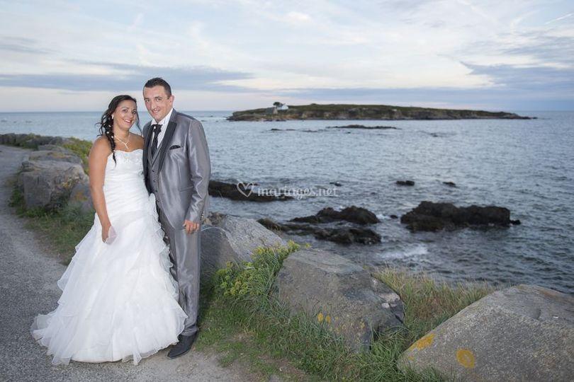 Les mariés sur la cote
