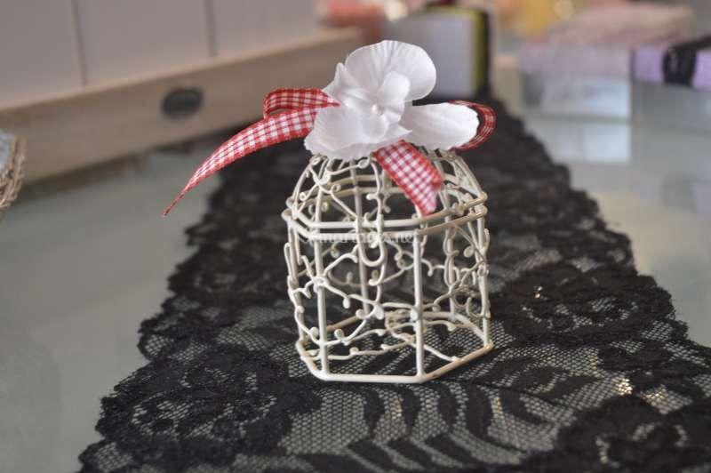 Boîte dragée cage oiseau
