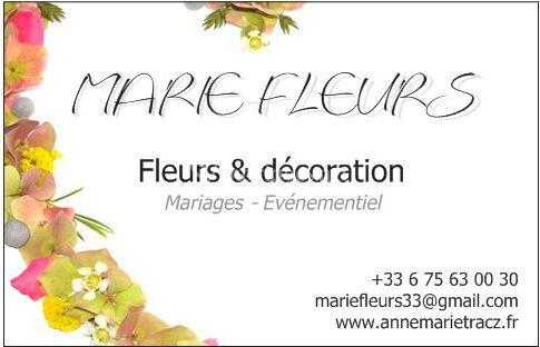 Carte avec fleurs naturelles
