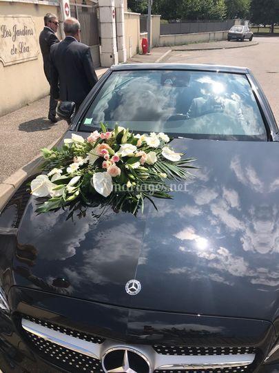 Fleurs pour la voiture