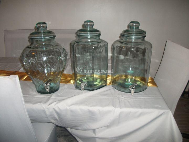Bonbonnières à robinet