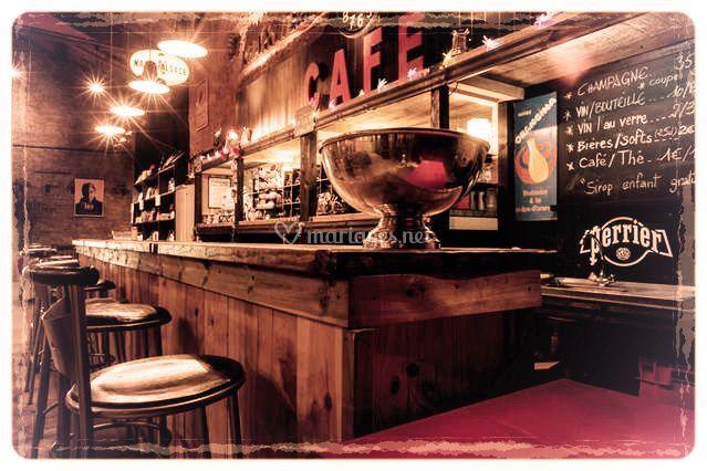 Chaleur du bois et de son bar