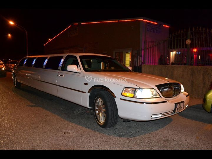 Prestige Car Service: Prestige Limousine Service