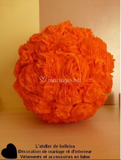 Boule de fleur orange