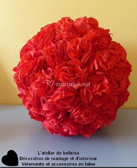 Boule de fleurs rouge
