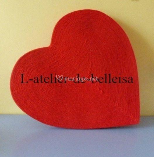 Coeur rouge en laine