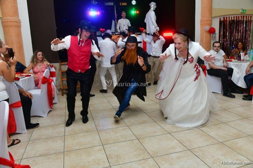 Rabbi Jacob et les mariés