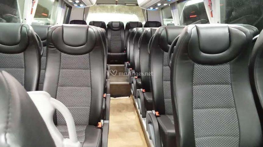Intérieur minibus