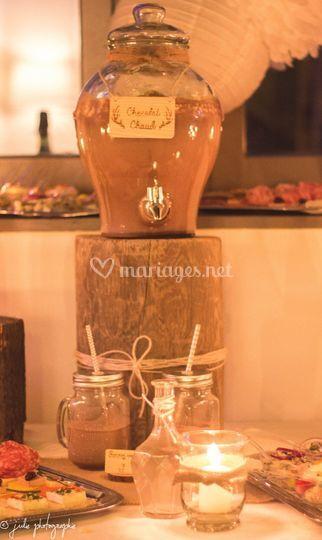 Chocolat chaud, vin d'honneur