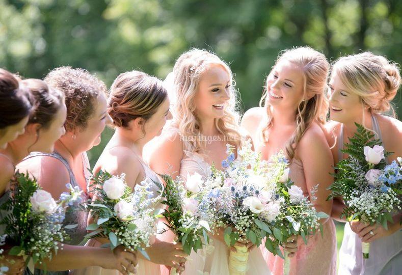 Mariée et ses demoiselles